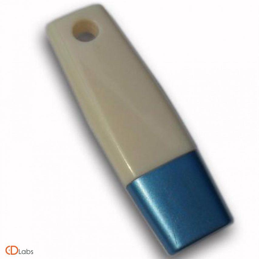 Пластиковая флешка серая с синим