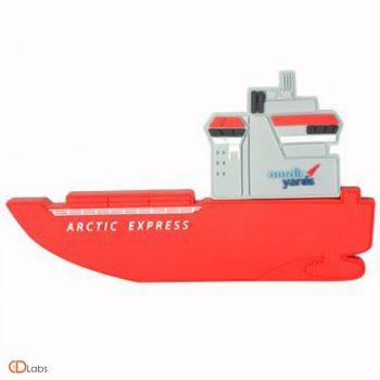 Флешка в форме корабля