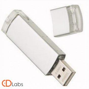 Пластиково-металлическая флешка серебристая